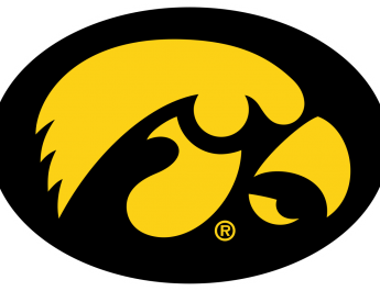 Czinano, Doyle Help No. 22 Iowa Women Rally, Beat Minnesota
