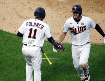 Donaldson Goes Deep As Twins Top Cards 6-3 In Home Opener