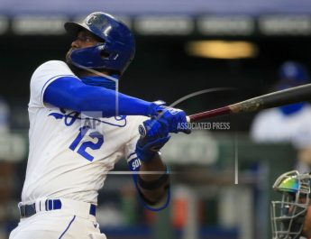 Soler's 2 HRs Helps To Power Royals To 9-6 Win Over Twins