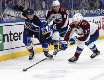 Avalanche Use 3 Goals In Second Period To Beat Blues 4-3